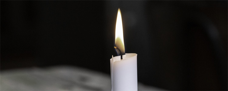 White Color Candle Meaning.
